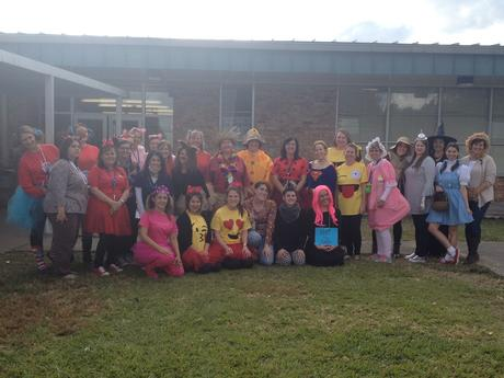 OES Faculty and Staff celebrate Halloween 2017